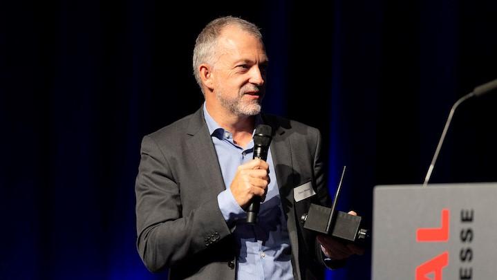 Glenn Meleder presents his novel device at the Swiss BIC of CERN Technologies award ceremony